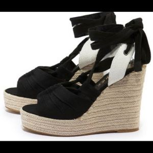 Juicy Couture wedge